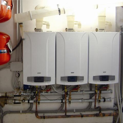 Un sistema energetico integrato con tecnologie e for Forum caldaie baxi