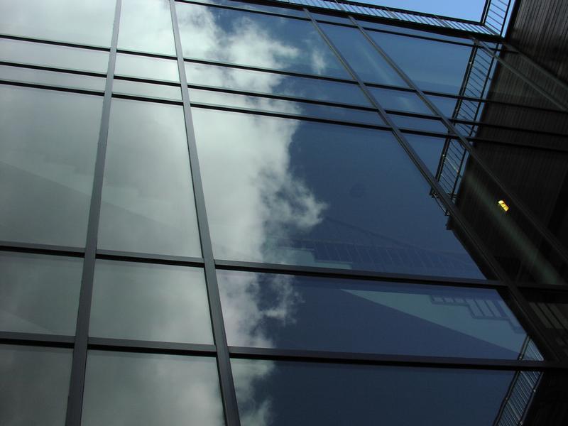 Grattacieli solari grazie alle nanoparticelle di silicio - Finestre con pannelli solari ...
