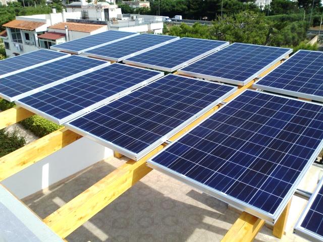 Pannello Solare Per Ebike : Il pergolato con fotovoltaico permesso a costruire o