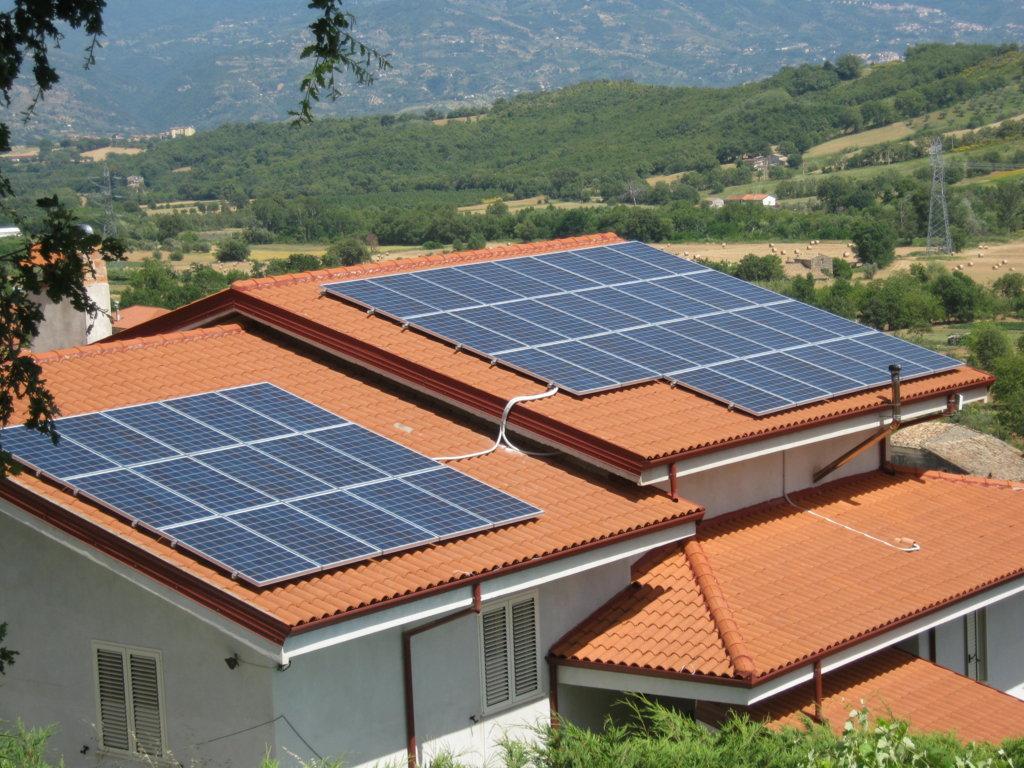 Quanti impianti fotovoltaici ci sono in italia for Quanti deputati ci sono